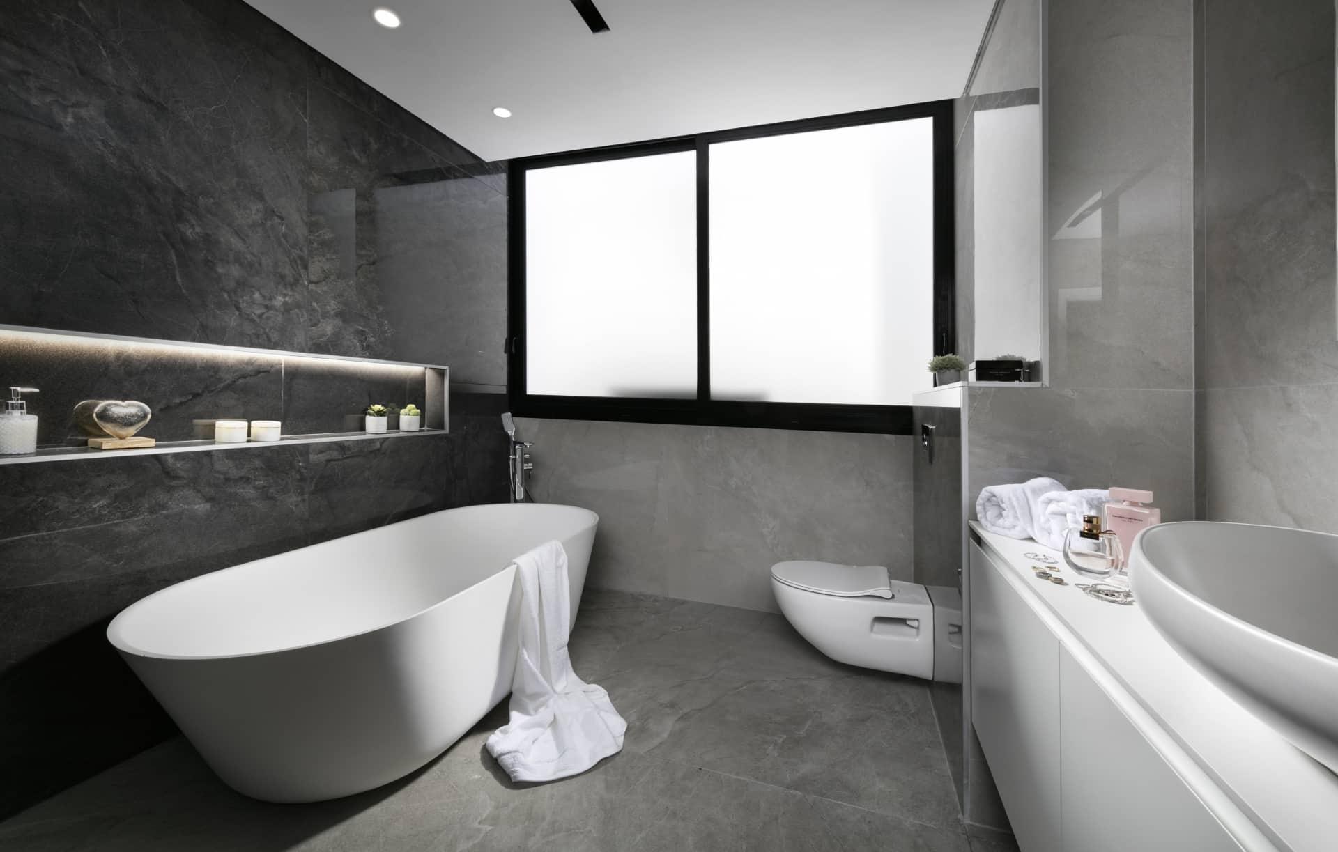 ריצוף שיש לחדרי אמבטיה מעוצבים